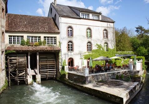 http://www.moulins-banaux.fr/